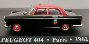 1-43-PEUGEOT-404-TAXI-PARIS-1962-LIMPIAPARABRISAS-MAL-IXO-ALTAYA-ESCALA