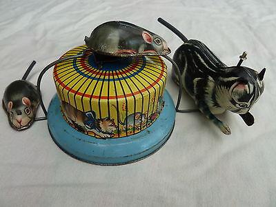 Erfinderisch Katze Jagt Maus - Kitty Und Micky Von Hausmann Duftendes Aroma