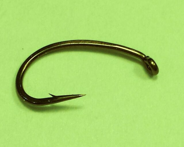 100 Mustad 7940 D Salmon hooks size 8 Fly Tying Fishing