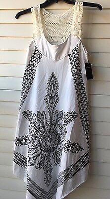 Swimwear INGEAR SZ S/M  white crochet/lace top Coverup white -  black paisley