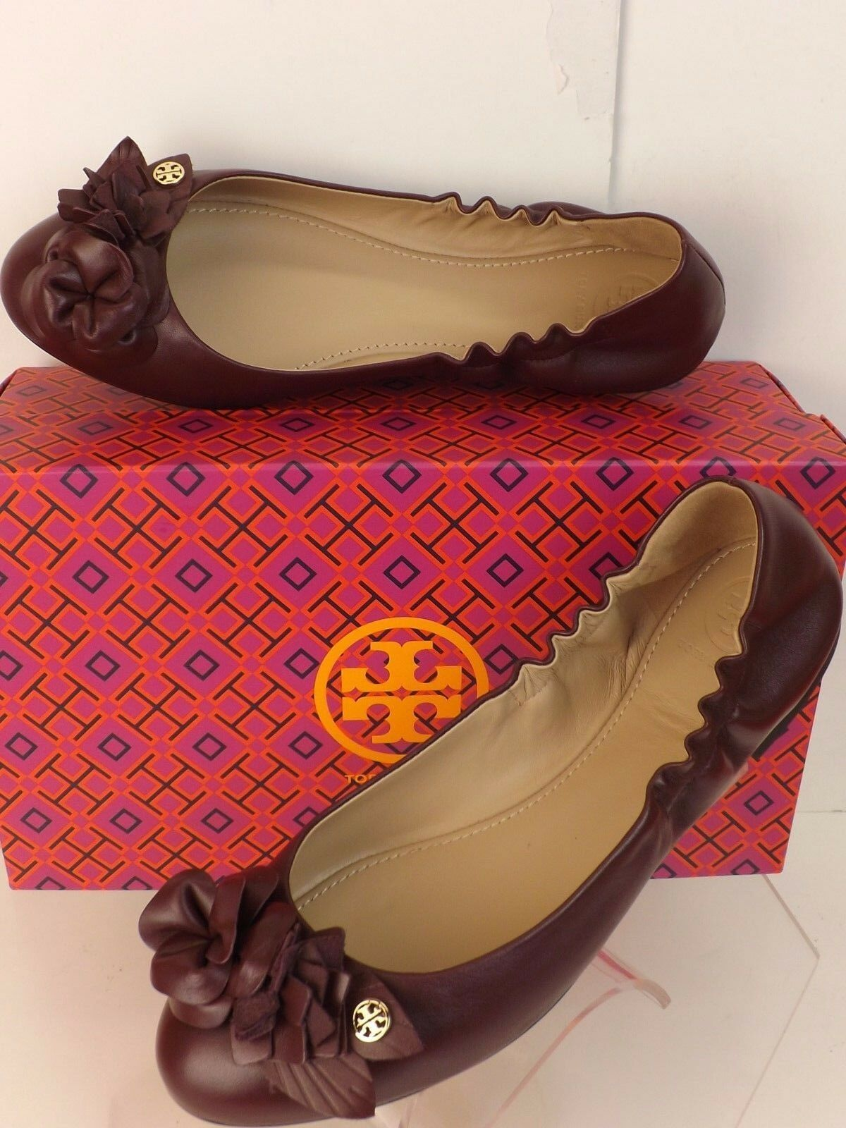 NIB TORY BURCH BLOSSOM PORT WINE FLOWERS LEATHER GOLD GOLD LEATHER REVA BALLET FLATS 9 6858ba