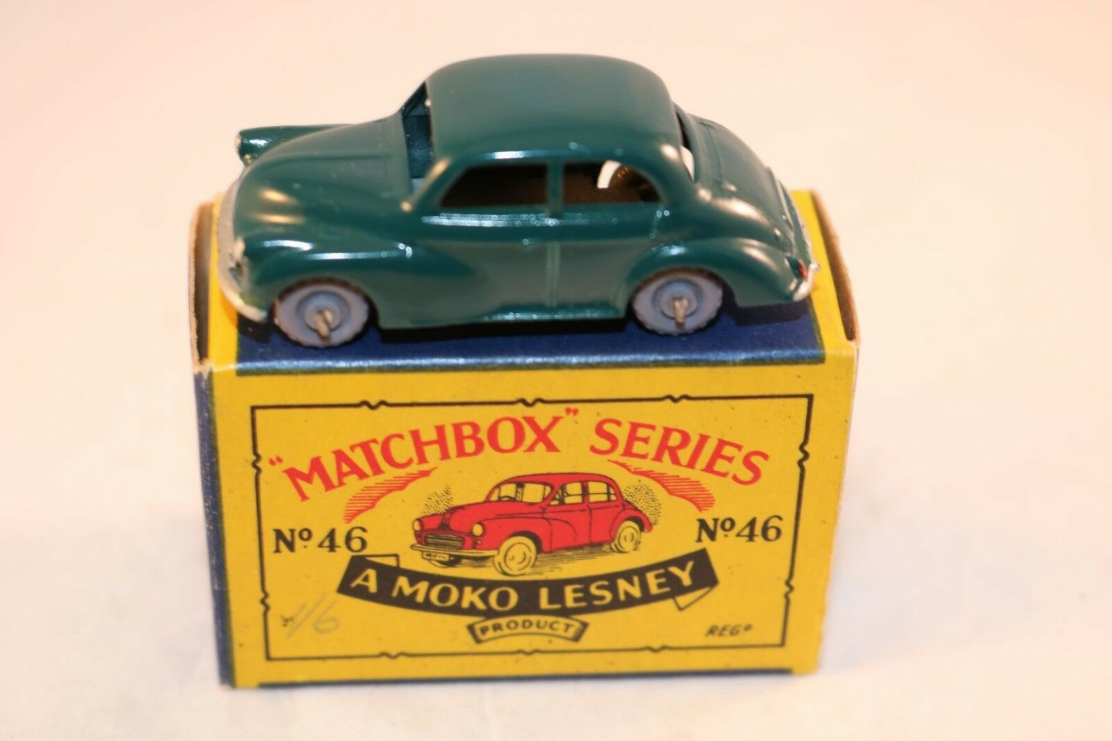 Matchbox A Moko Lesney No 46 Morris Minor 1000 with GPW 99% mint in box