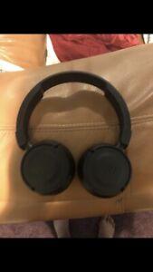 jbl-wireless-headphones-bluetooth