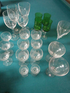 CRYSTAL-GLASSES-GREEN-SASAKI-VERA-WANG-ROYAL-DOULTON-034-PARTY-034-PICK-ONE