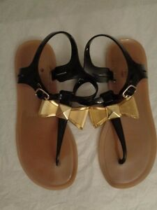 116419a0db5 KATE SPADE New York fab bow jelly thong sandals women s size 7