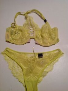 b35cfaf6c5 Image is loading Victorias-Secret-Very-Sexy-Unlined-F-C-Bra-Panty-
