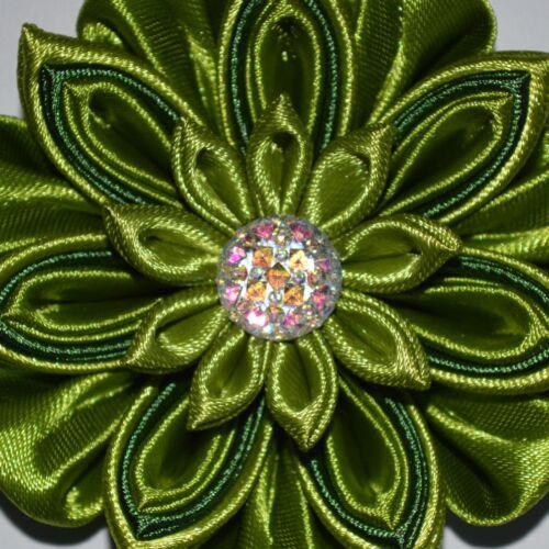 Kanzashi Style Handmade Girl/'s Flower Hair Clip//Bow In Green School//Party