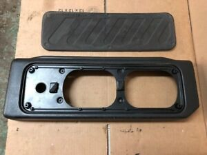 Land-Rover-Discovery-OEM-Black-Cargo-Door-Speaker-Cover-99-04-Rear