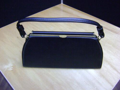 Aetna Medium Black Handbag Purse Sharp Usa Size NnX80wPkO