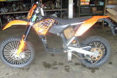 BILLET CNC WIDE FAT FOOT PEGS 1998-18 KTM EXC XC SX SXF 125-530 Anodized Orange