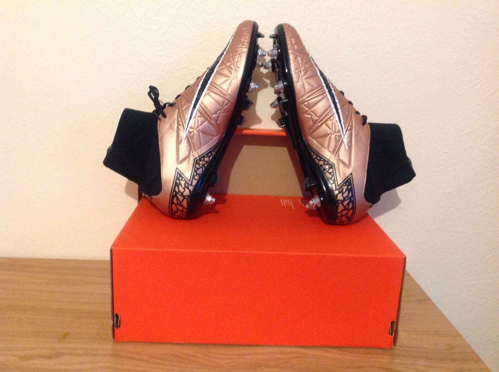 Nike Hypervenom Phatal II DF SG Pro Reino Unido Tamaños 8.5 y 9 disponibles