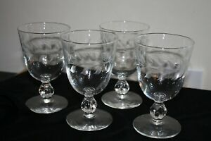 Vintage-Etched-Wine-Low-Goblets-Water-Glasses-Set-4-Stems-w-Leaves-Modern-Look