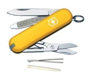 0 6223 8 Victorinox Classic Sd Swiss Army Knife Yellow