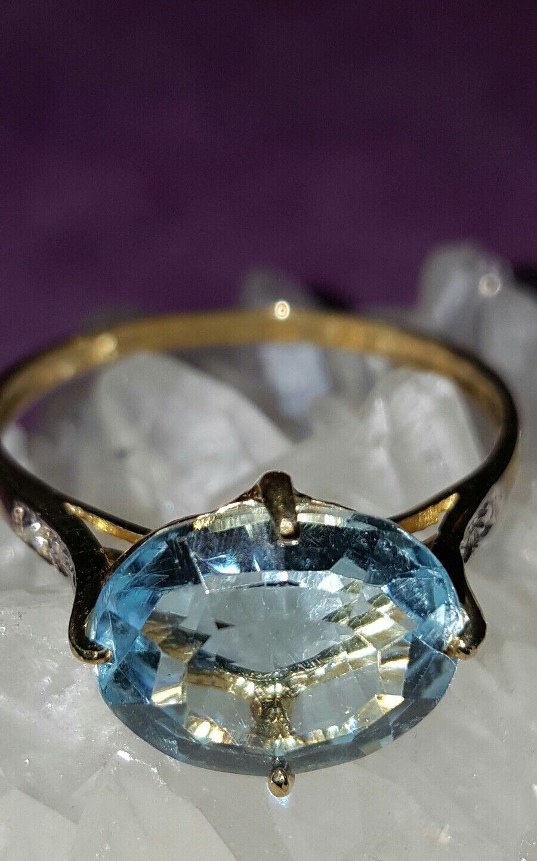 JAYNES GEMS  SOLID 9K Y gold  4CT SWISS blueE TOPAZ & DIAMOND  RING  SIZE  Q