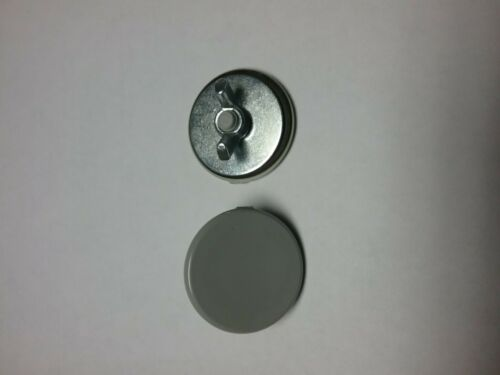 30mm OILTIGHT HOLE PLUGS NEMA 3R,4,12 LOT 10 INDUSTRIAL PUSHBUTTON KNOCKOUTS