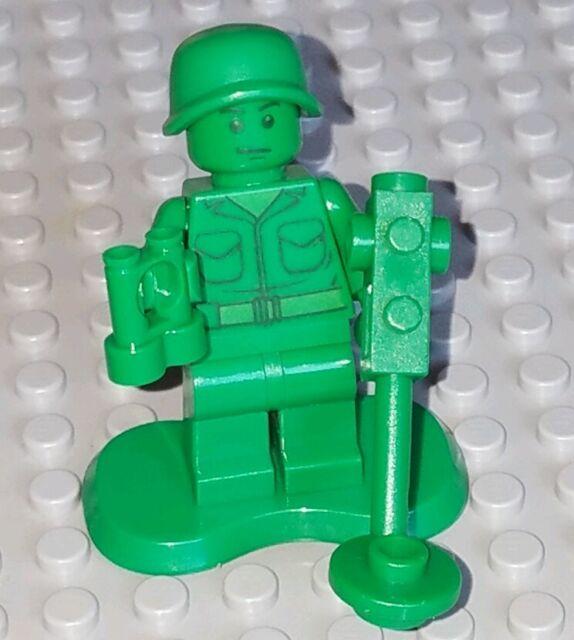 M731 Lego Toy Story Green Army Men Minifig w// Metal Detector Binoculars 7595 NEW
