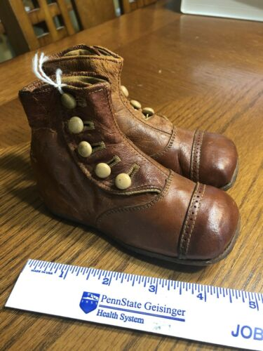 Childrens Baby Shoes 2 Tone Leather 1920's