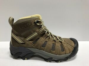 keen voyageur mid hiking boots