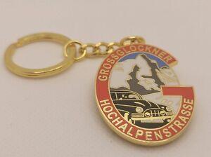 Grossglockner-Hochalpenstrasse-toller-Anhaenger-im-Vintage-Retro-Gold-Design