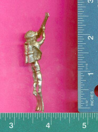 lead free pewter scuba diver figurine E5056