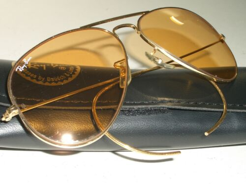 1980's CIRCA 58mm VINTAGE B&L RAY-BAN CABLE-WRAPS
