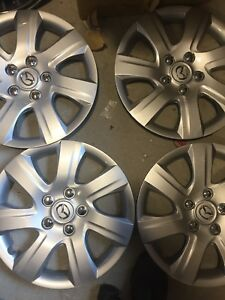 4-MAZDA-3-6-2005-06-07-08-09-10-11-HUBCAPS-WHEEL-COVERS-HUB-CAP-16-034