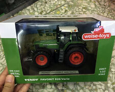 FENDT Favorit 926 Vario Green 1/32 Scale DieCast Metal Model By Weise-toys