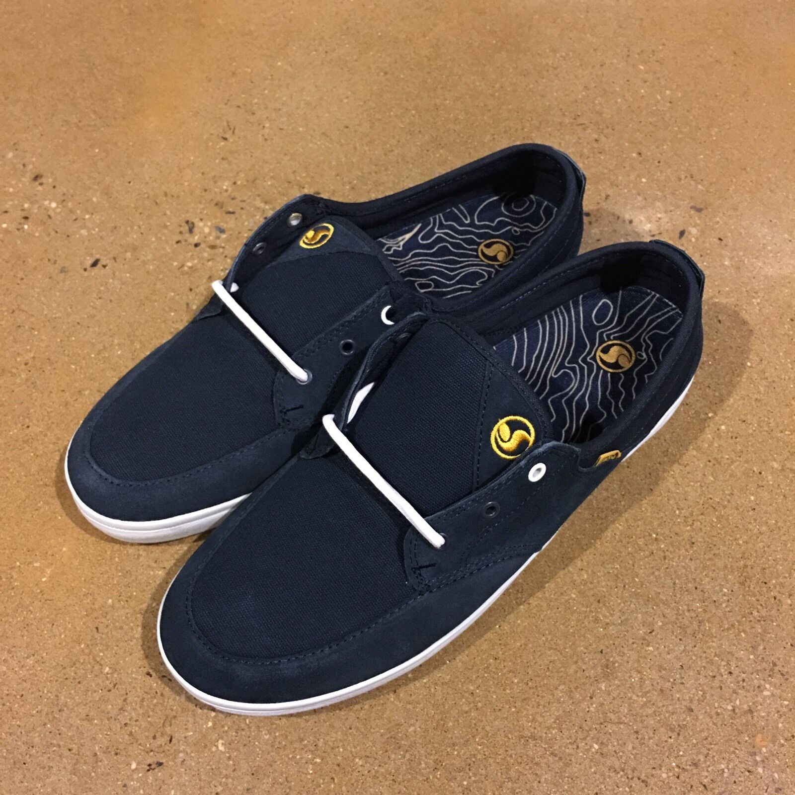 DVS Landmark Size 12 US Navy Suede BMX DC Skate Deck Boat Shoes Sneakers