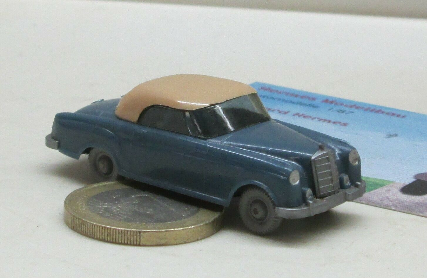 Wiking 144-2b  Mercedes 220 Coupe '55, H Azur bluee Beige (1077)