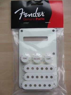 Fender 0991395000 ® Stratocaster® Accessory Kit