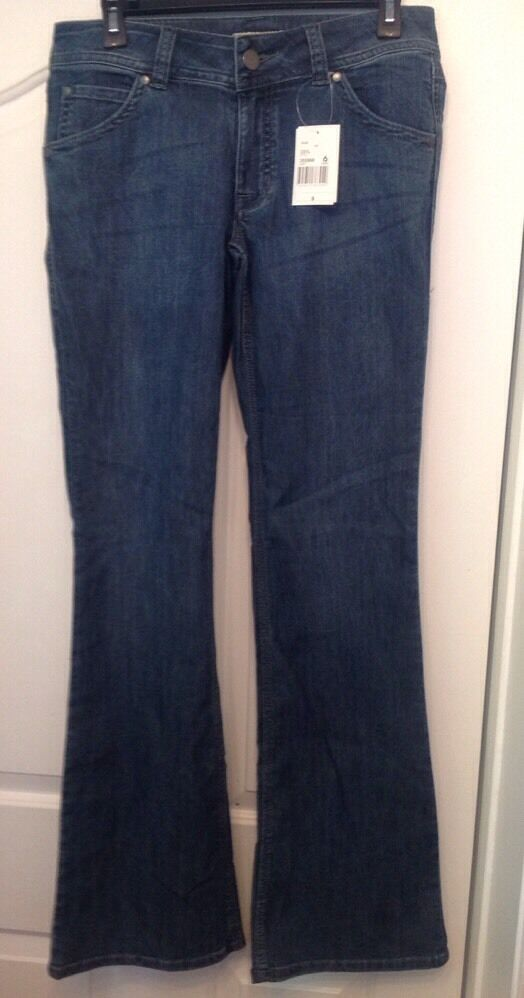 NWT CABI JEANS 476 65% Cotton bluee Boot Cut Jeans Size 6