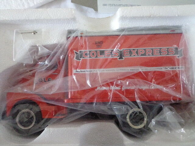1st GEAR 1952  1 34 SCALE GMC DRY GOODS COLE EXPRESS