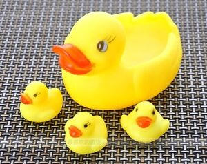 FD122 Funny Baby Child Bath boys Bathing Squeaky Toys Rubber Race Ducks Yellow@