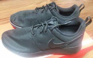 0367730a6b53 599728-031 Nike Roshe One (GS) Grade School Kids Black Athletic ...
