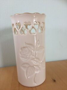 vintage-Lenox-Vase-With-Hearts-roses-Made-In-USA-Collectable