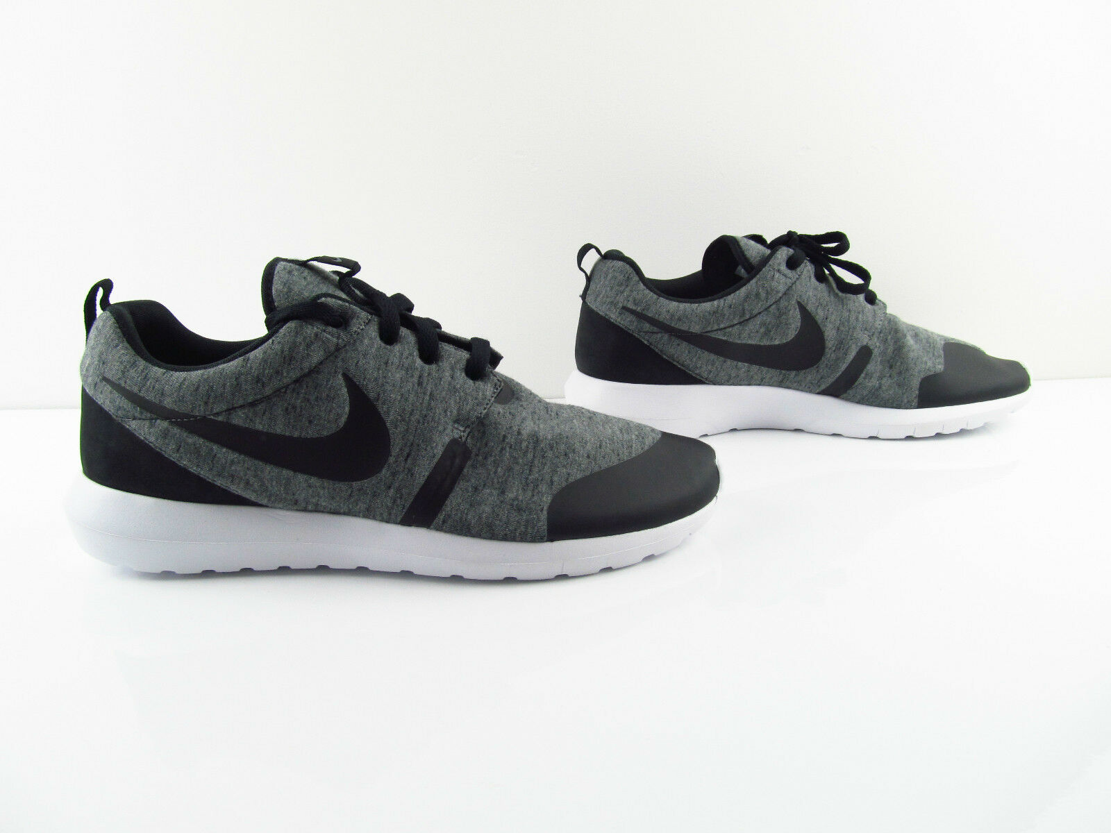 Nike Roshe Rosherun TP Tech Fleece Pack Tumbled Grey White US_9.5 12 Eur 43 46