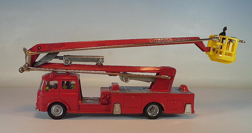 all'ingrosso a buon mercato CORGI MAJOR 1127 Simon SNORKEL FIRE ENGINE in ultima ultima ultima versione BLISTERscatola  6357  perfezionare