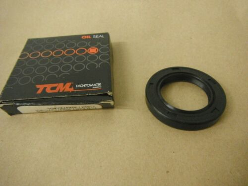 TCM 30X47X7 DOUBLE LIP OIL SEAL W// SPRING