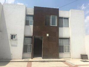Dormitorio a una cuadra UVM, Puebla.