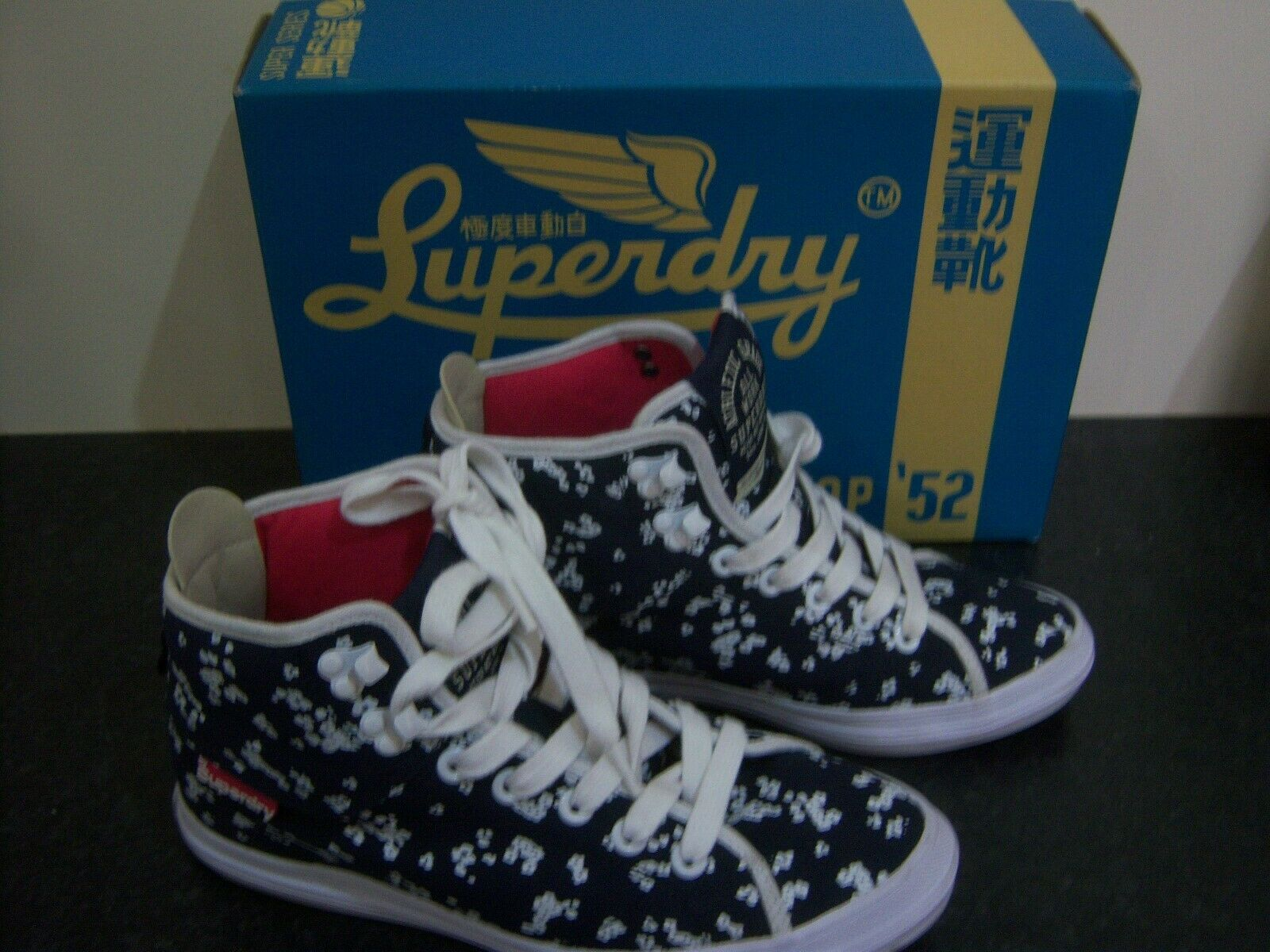 Superdry Hi Top Trainers Size 5 navy crampon  rrp