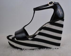 ee054c5a776 Image is loading Cosmopolitan-Black-Platform-Wedge-Shoes-Black-White -Striped-