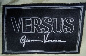 EUC-VERSUS-by-Gianni-Versace-men-039-s-white-dark-blue-pinstripes-blazer-szIT46-US-M