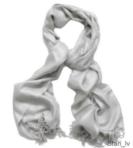 BRAND NEW LIGHT GRAY SCARF 100/% CASHMERE WRAP VERY SOFT MADE IN SCOTLAND S#7