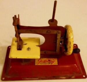Steel Gateway Junior Model NP-1 Sewing Machine Lot 81