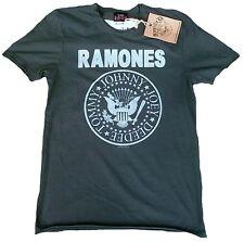 AMPLIFIED RAMONES Hey Ho Let's Go Rock Star Vintage Desinger T-Shirt g.S 46