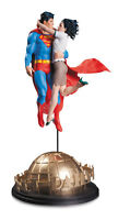 Superman & Lois Lane Designer Statue By Gary Frank Dc Collectibles - Offical