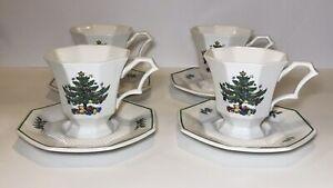 Set-of-4-Nikko-Christmastime-Tea-Coffee-Cups-amp-Saucers-Japan-Octagon