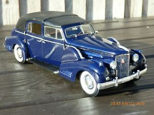Firma-1-18-1938-Cadillac-V16-serie-90-Modelo-Coleccionable-Juguete-dieciseis-coche