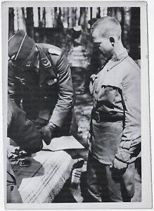 Ein-Sowjet-Flieger-wird-verhoert-Orig-Pressephoto-von-1941