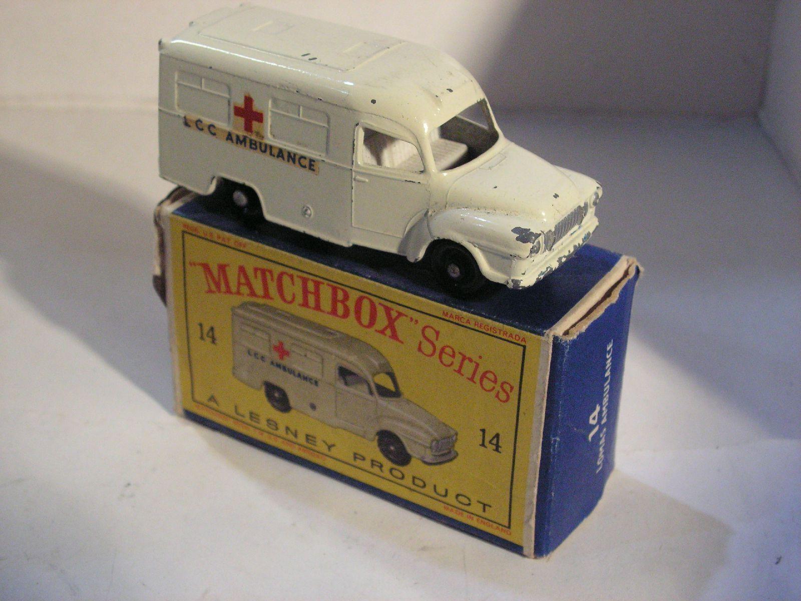 MATCHBOX MATCHBOX MATCHBOX  14 LOMAS LCC AMBULANCE b89be8